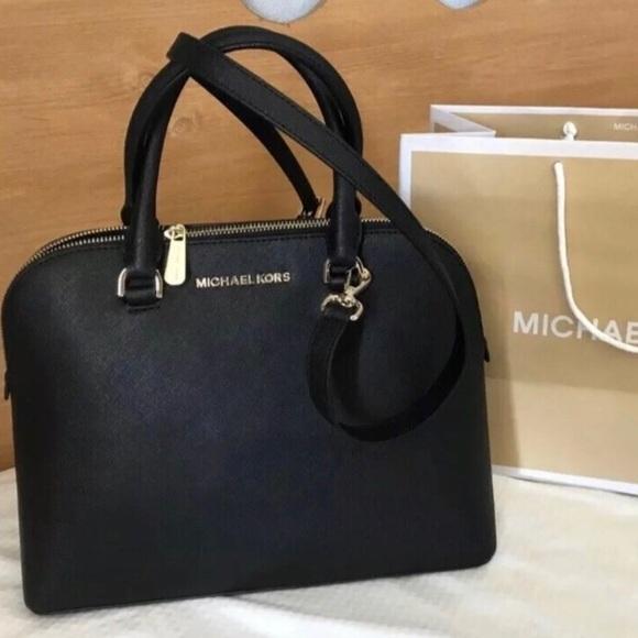 83bc5e0021c8ca Michael Kors Bags | 298 Satchel Mk Cindy Handbag Bag | Poshmark